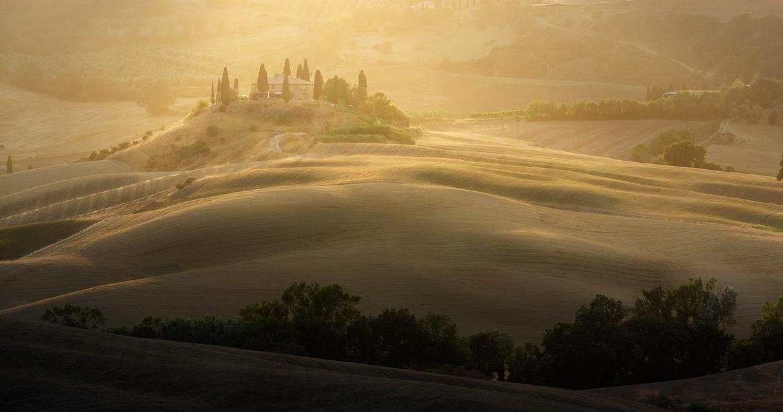 La-Bella-Toscana-2017-Toma-Bonciu_0001_Layer 6